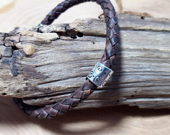 Men's leather bracelet in Antique Brown