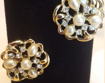 Rhinestone Vintage Earrings Gold Tone Faux Pearls Rhinestones