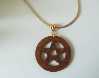 Beech Wood Pentagram Pendant BEETYS