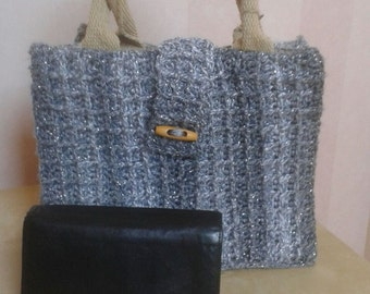 Small handbag with short handles