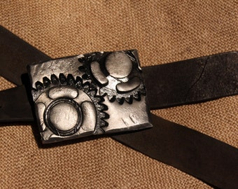 Hand forged belt buckle