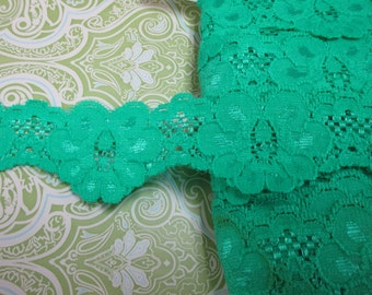 """6 yards 1 1/2"""" width with scallop in bright green color stretch lace trim for your fashion design and sewing project."""