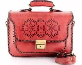 Handmade natural leather bag