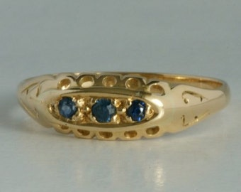 18 carat gold ring from 1912 with sapphires