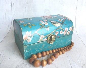 Wooden keepsake box, memory box, floral birds design, jewellery box, trinket box, treasure chest, birthday gift, house warming gift