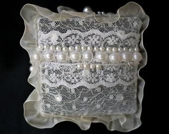 Handmade: Shabby Chic Wedding Jewellery Box ~ 'Square' Satin Trinket Box (M1606)