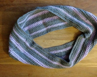 Grey/purple, neck cowl