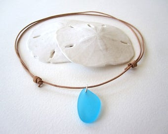 TURQUOISE Blue Sea Glass Leather Choker, Surfer Necklace, Beach Glass Necklace, Leather Sea Glass Jewelry,Sea Glass Jewelry, Beach Glass