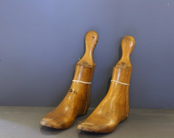 Vintage wooden boot stretchers size