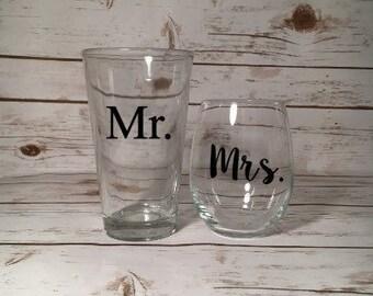 Mr. & Mrs. Glass Set