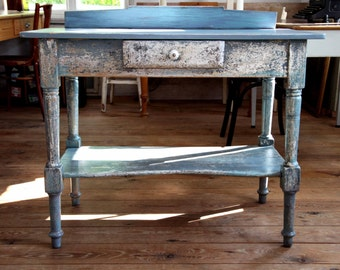 Side table shabby country style