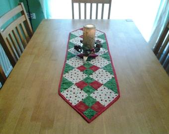 Patchwork Christmas table runner