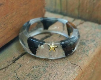 Shark tooth ring, shark's teeth, resin ring, gold starfish, size 6 and half, nautical jewelry, ocean jewelry, fossil, men's ring, shark week