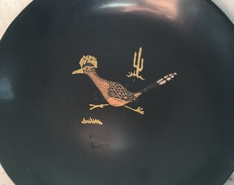 Couroc monterey plate roadrunner collectible item