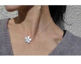 Season-Cherry Blossoms/ Clavicle Chain Necklace