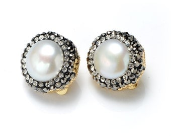 White Freshwater Pearl Clip Earrings