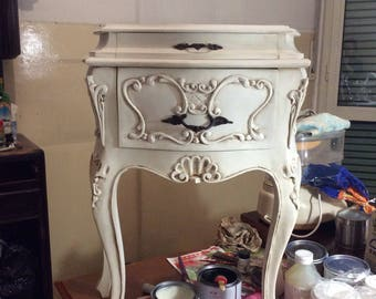 Dresser and bedside tables Shabby Chic style restored.