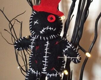 Small decorative felt voodoo doll, zombie doll, creepy/horror Pin cushion gothic, emo, rockabilly doll black, felt halloween decoration