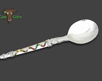 Zigzag serving spoon