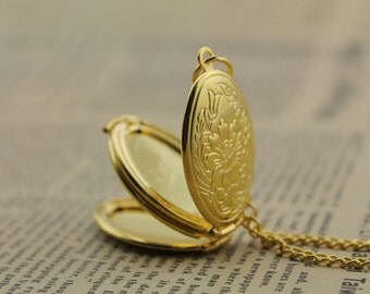 antique gold locket necklace