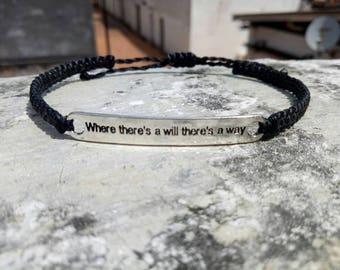 Macrame bracelet as motivation