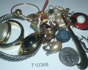 Vintage, Old stock, Jewelry lot, repair, Repurpose, Salvage, lot, finding lot,  T10367