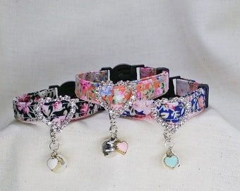 Cute collar of sparkling heart buckle for cat