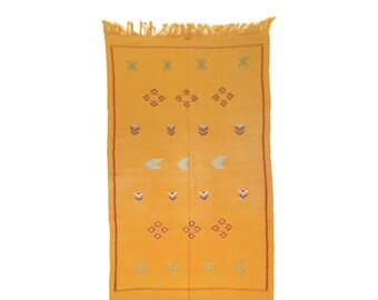 vente soie de cactus soie sabra tapis berb re marocain. Black Bedroom Furniture Sets. Home Design Ideas
