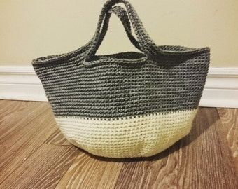 Gray × White Bicolor Round Bottom Bag