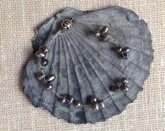 Smoky grey pearl bracelet