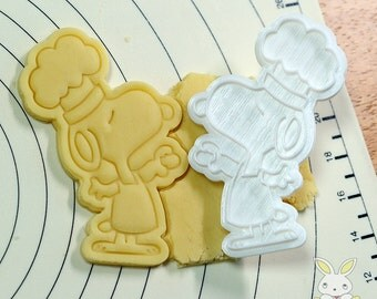 Snoopy the Chef Cookie Cutter and Stamp