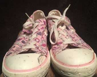 Womens converse one star vintage girls themed low too Chuck Taylor canvas sneaker
