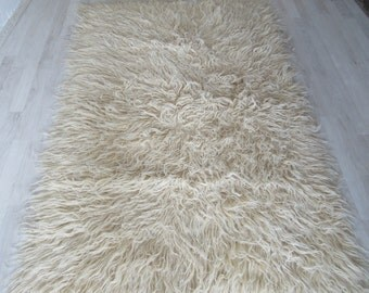 Bohemion Style Shag, flooring Rug Carpet, shaggy Tulu Rug, Long piles wool Area Rug, wool on wool tulu, 5'3''x3'4'' /162x106cm, white color,