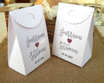 Set of 10 pcs. Personalized Wedding Favor Boxes, Custom  Favor Boxes, Wedding Table Decorations, Wedding Favors, Bridal Showers, Gift Box