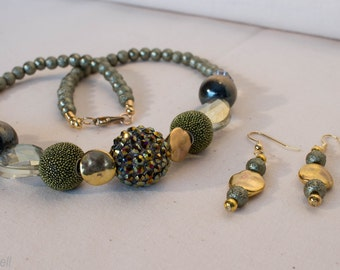 Evergreen Dream Necklace Set