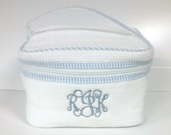 Train Case Cosmetic Bag with Monogram / Monogrammed Make-Up Bag / Waffle Weave Cosmetic Bag / Bridesmaid Gift / Bridal Party Gift