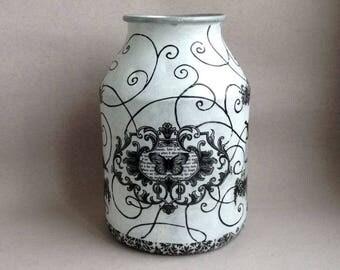 Cottage decor Restored aluminum can Metal can Indestructible decoupaged vase Black White vase Monochrome Luxury Vintage Soviet cottage