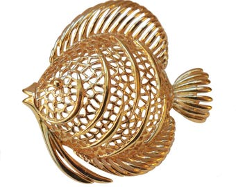 VINTAGE - fish filigree pin