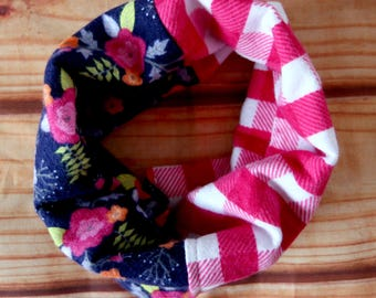 Infinity scarf two colors 0-24 months