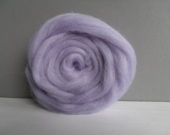 25g wool felting or spinning Merino carded to combed color Pastel lilac