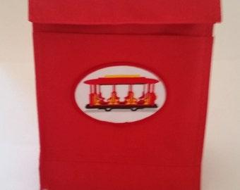 Daniel Tiger Trolley Red Lunch Bag