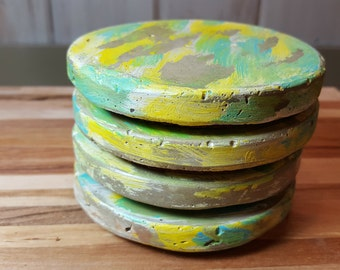 Coaster weathered beach yellow and blue