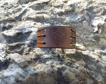 """Celtic heart"" vegetable tanned leather strap"