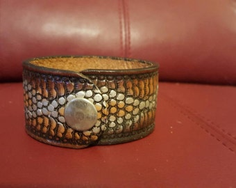 Hand tooled 8 inch leather cuff