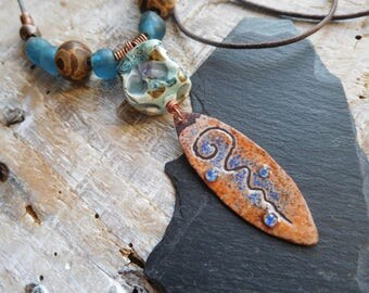 Long necklace tribal and primitive, copper enamel, ceramics, stones, necklace rustic, artisanal creation.