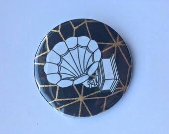 Gramaphone Pin