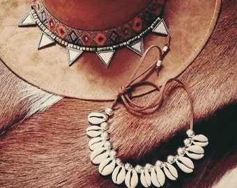Suede insets of shell necklace