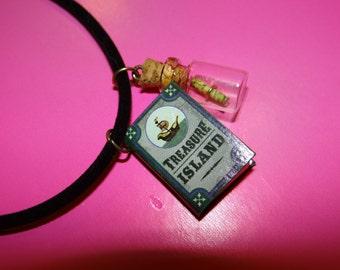 Treasure Island Velvet Necklace - 17.5in