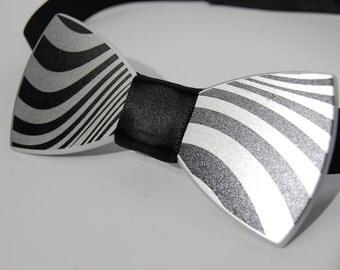 The Zebra black