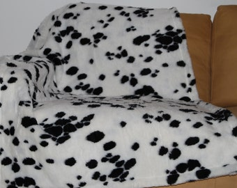 blanket for dogs/cats fur trim